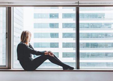 האבחון השגוי: הופנתה לטיפול פסיכיאטרי – במקום לטיפול בקרוהן