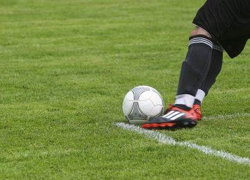 דום לב של שחקן כדורגל במהלך משחק כדורגל האם הרופאים התרשלו בכך שהתירו לו לשחק?