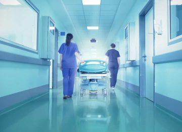 נפטר בזמן המתנה לניתוח